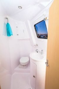 Kajura Seawind 1260 bathroom