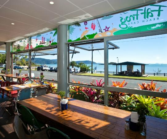 Fat Frog Beach Cafe