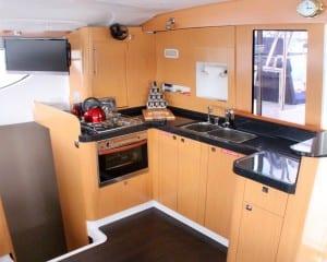 Vela-Perfecta-Fountaine-Orana-44-kitchen