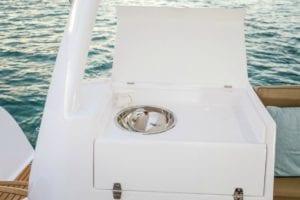 Kajura Seawind 1260 deck sink