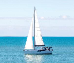 LeiZar under sail